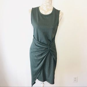 Chelsea28 Dresses - Chelsea28 Twist Front Knot Dress Green Large LQ131